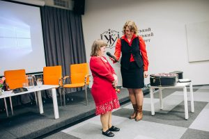 handicap ukraine enfant emays famille